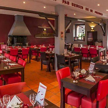 salle-restaurant-la-ferme-o-delices